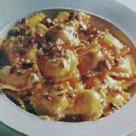 Ravioli con salsa di nocciole